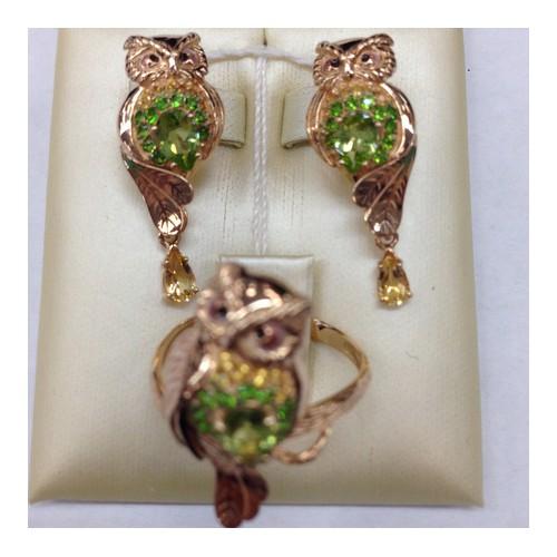 """Кольцо """"Сова"""" 01-5174-00-710-1110-57 с хризолитом и эмалью из золота, ювелирный завод ПЛАТИНА"""