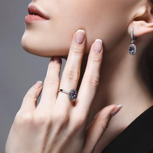 Кольцо 6014179 из золота с танзанитом и бриллиантами SOKOLOV
