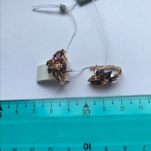 Серьги из золота с аметистом в виде Ириса, ювелирный завод ПЛАТИНА
